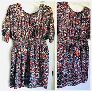 Cinched-waist, pattern dress